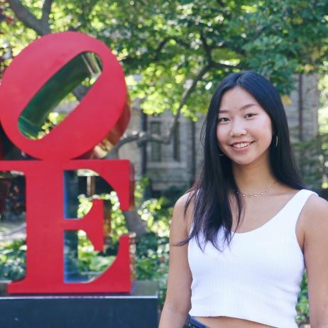 Vicki Li C'22, Blog Staff
