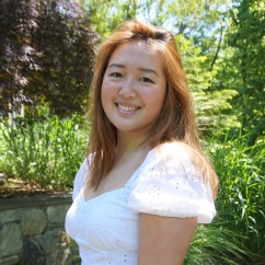Juliana Yu C'24, Art Editor